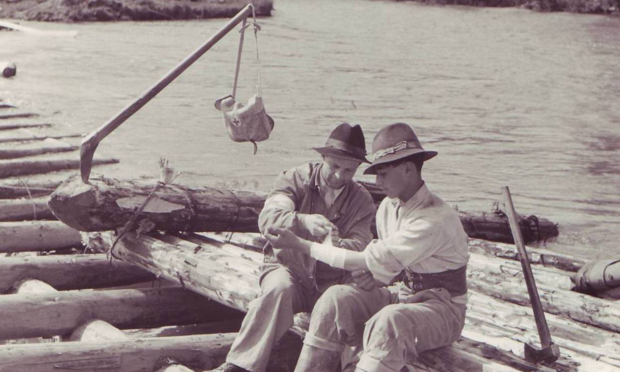 1953_plutasi
