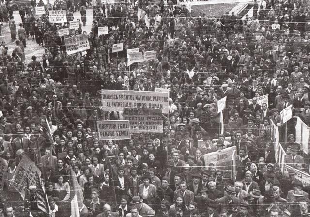 1945, 1946. Demonstraţii ale P.C.R. şi P.S.D. în București ...